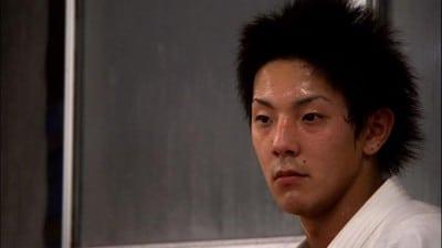 Takuya, le personnage principal du film Tu seras sumô