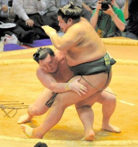 Hakuho contre Takekaze