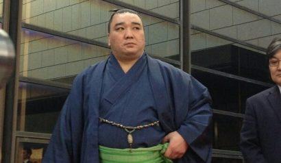 Harumafuji blessé à la cheville