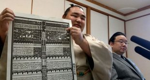 Kakuryu et Izutsu oyakata