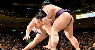 Kakuryu contre Tochiozan