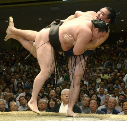 Hakuhô remporte son 31ème yushô en battant Kakuryu