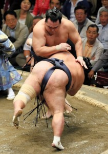 Kakuryu contre Toyonoshima