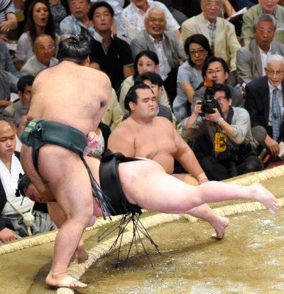 Mauvais départ pour Gôeidô avec sa défaite contre Takayasu