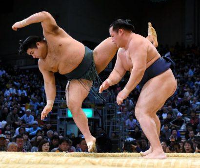 Takayasu n'a pas eu son 3ème yokozuna
