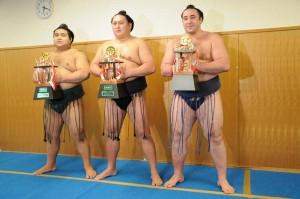 Takayasu, Kyokutenho et Tochinoshin