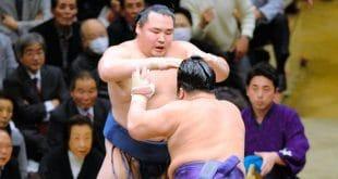Tochiozan contre Kakuryu
