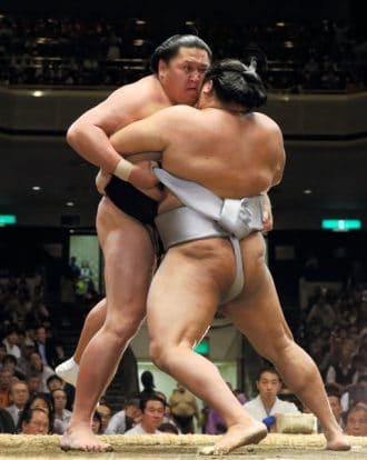 Kyokutenho contre Takanoiwa