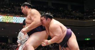 Takekaze contre Kaisei