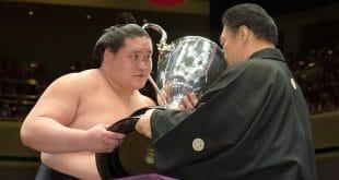 Terunofuji remporte le tournoi de sumo