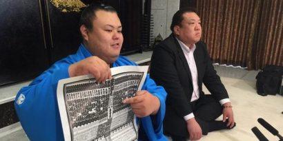 Nagoya basho 2015 : Hidenoumi débute en makuuchi