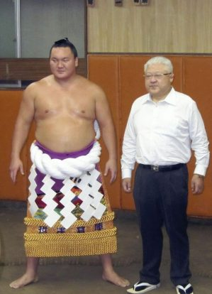 Hakuho et Miyagino oyakata