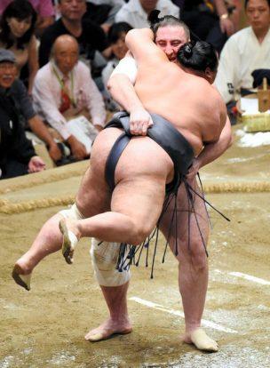 Tochinoshin contre Toyonoshima