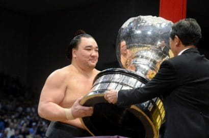 Harumafuji remporte le Kyûshû basho