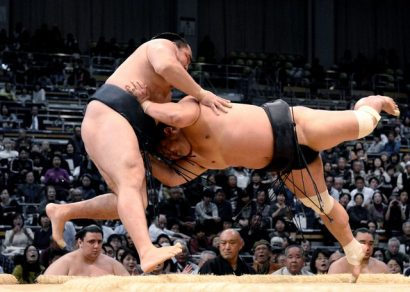 Nouvelle défaite pour Kakuryu