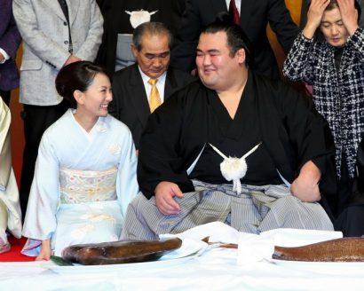Kotoshogiku se met en ligne pour la promotion de yokozuna