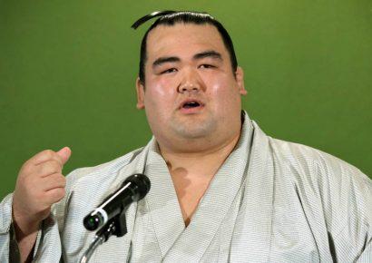 Pour Kotoshogiku, les lutteurs japonais manquent de volonté