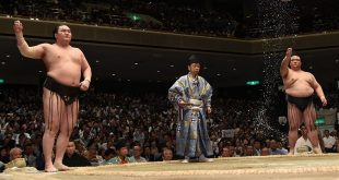 Hakuho contre Kisenosato