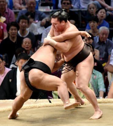 Hakuho : 900 victoires en makuuchi