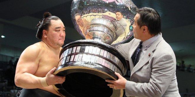Finale – Harumafuji remporte son 8ème yusho