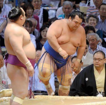 Pour Kotoshogiku le cauchemar continue
