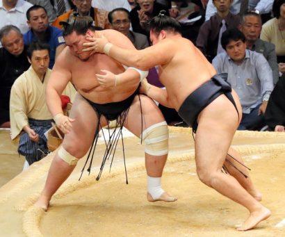 Terunofuji contre Kakuryu