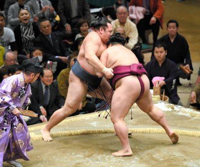 Mitakeumi bat son deuxième yokozuna