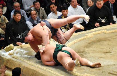 Kisenosato devance désormais Hakuho