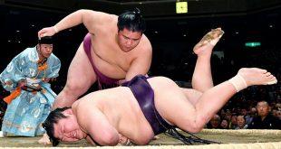 Mitakeumi contre Takekaze