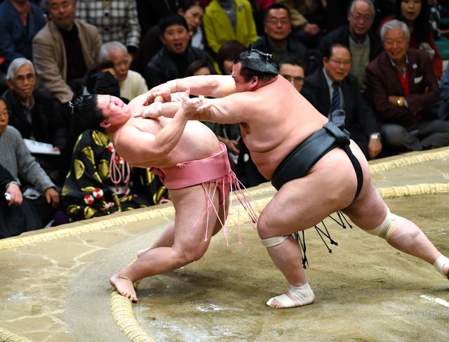 Ura contre Toyohibiki