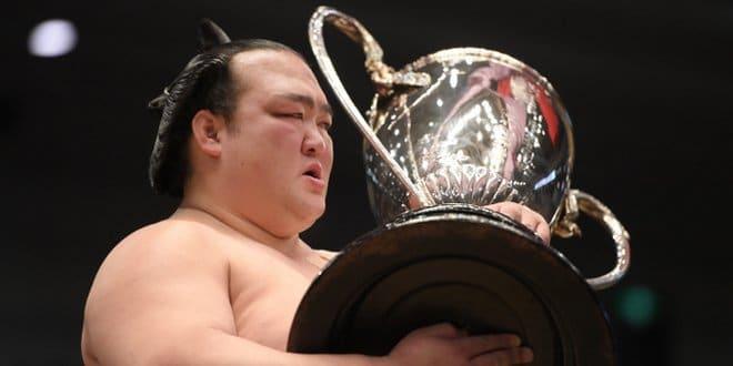 Finale – Kisenosato remporte son deuxième titre