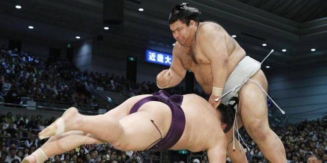 Takayasu contre Takekaze