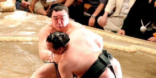 Harumafuji contre Chiyoshoma