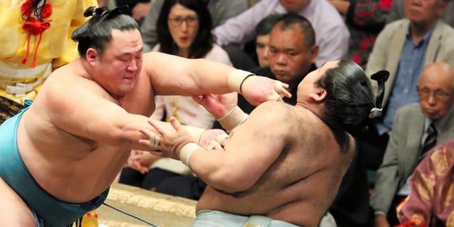 Tamawashi contre Takayasu