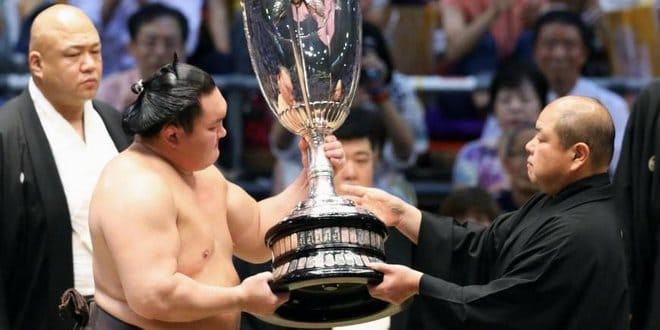 Finale – Hakuho remporte son 39e tournoi