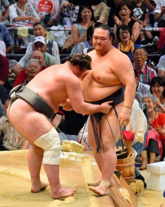 Harumafuji se ressaisit mais pas Kisenosato