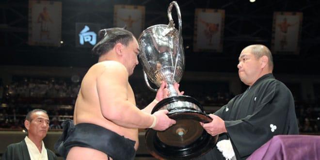 Finale – Harumafuji remporte son 9e titre