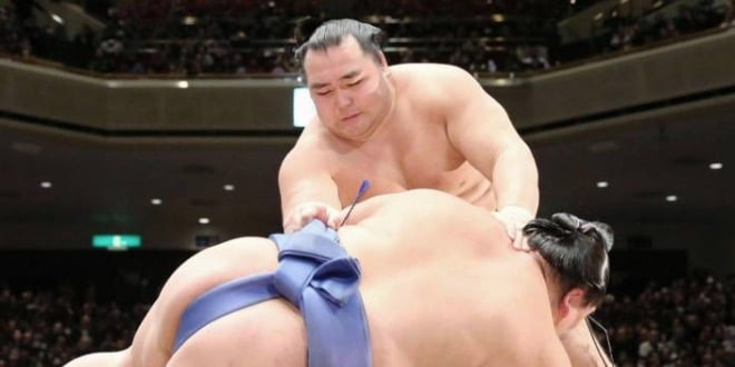 J8 – Kakuryu seul en tête avec 8 victoires
