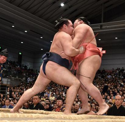 Kakuryu contre Chiyotairyu une