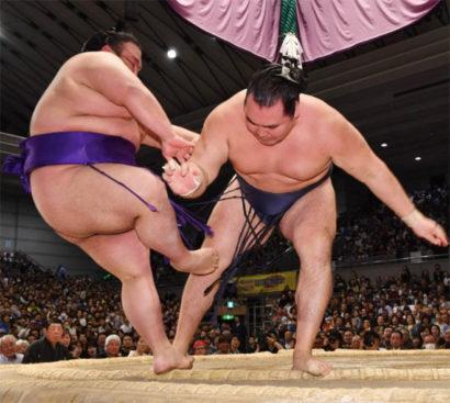Kakuryu contre Takakeisho