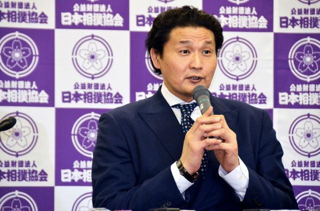 Takanohana conférence de presse