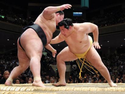 Première défaite pour l'ôzeki Goeido