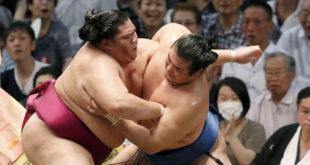Mitakeumi contre Chiyonokuni
