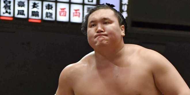 J13 – Hakuho l'emporte sur Kisenosato