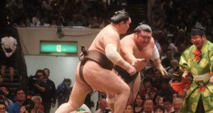 Hakuho contre Yutakayama