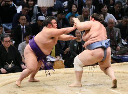 Takakeisho se débarrasse de Aoiyama