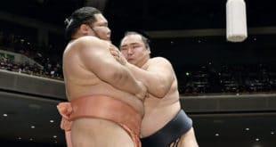 Kakuryu contre Chiyotairyu