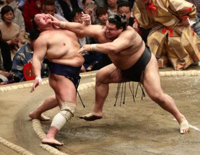 Takayasu châtie Hokutofuji