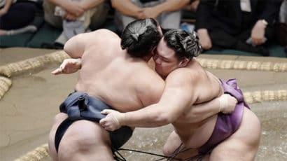 Kakuryu contre Asanoyama