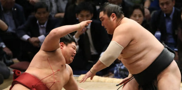 J11 – Asanoyama garde le contact